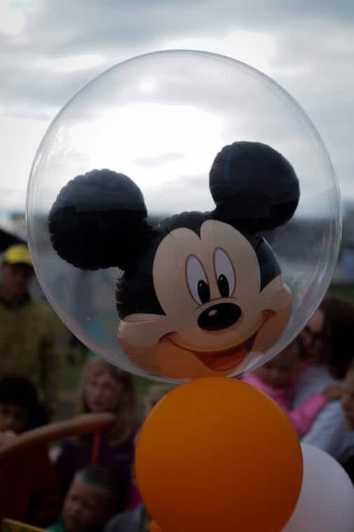 Mickey happy face